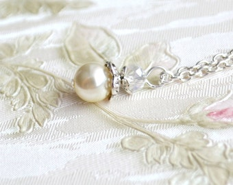 Cream bridesmaid necklace Ivory bridesmaid jewelry Will You be my Bridesmaid gift of necklace Wedding necklace from Swarovski beads