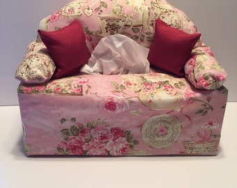 tissue box cover-- pink flowers
