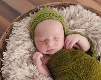 Green Newborn Knit Hat Bonnet Photo Prop