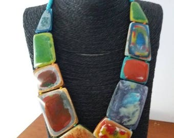Color c resin necklace