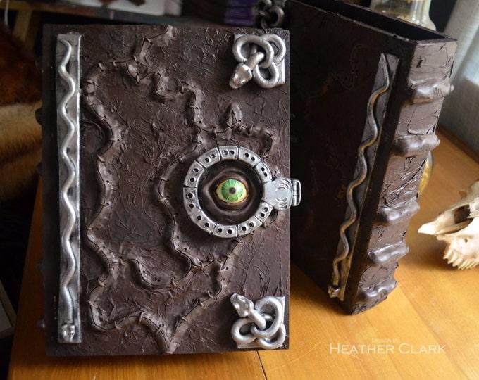 Hocus Pocus Book Box Replica With Functional Hinge