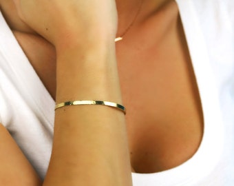 Bracelet manchette or, fin 14K or martelé ou pas martelé Bracelet, 14K jaune, blanc ou Or Rose