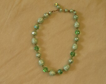 Green Variegated Bead Vintage Necklace, Single Strand