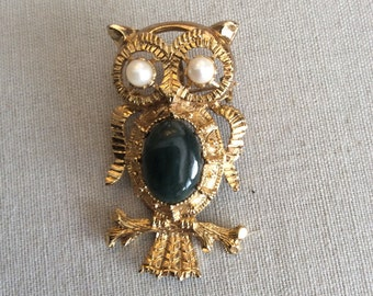 Vintage Owl Pendent or Brooch Jade Center Pearl Eyes oversized