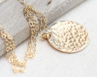 Gold Necklace, Hammered Gold Disc Necklace, Layering Necklace, Gold Jewelry, Simple Everyday Necklace, Hammered Gold, minimalist jewelry