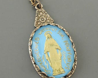 Vintage Jewelry - Vintage Necklace - Brass Necklace - Mother Mary Necklace - Catholic Necklace - Religious Necklace - handmade jewelry