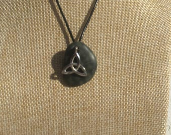 Irish Celtic Trinity Knot Pebble Pendant Necklace