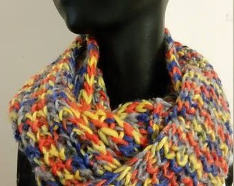 Scarve- Knitted