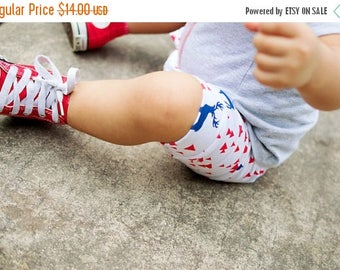 SALE Triangle Baby Shorts/ Toddler Shorts/ Diaper Cover/ Baby/ Photo Prop/ Baby Boy Shorts/ Boy Shorts/ Boys Short/ Reborn Doll Clothes