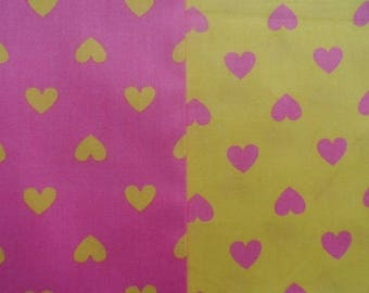 set of 2 cut of cotton fabric 40 x 50 cm hearts