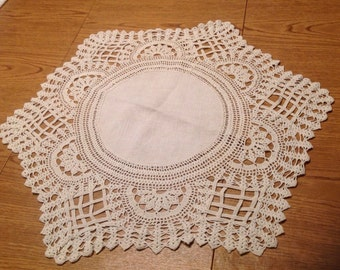"""Vintage 24.5"""" 6 point Tan Doily Beautiful Cross Pattern Work. Sewn with Linen Center."""