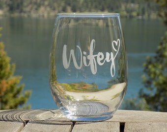 Wine Glass Gift for Wife, Gift for Mrs, Xmas Gift Wife Xmas Present, Wife Christmas Present Wife, Christmas Gift Wife Christmas Gift,