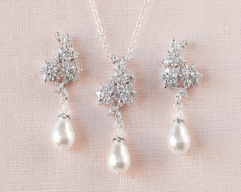Crystal Bridal SET, Rose Gold Wedding jewelry Swarovski Crystal Pearl Wedding earrings, Pendant, Bridal jewelry, PIPER Jewelry SET