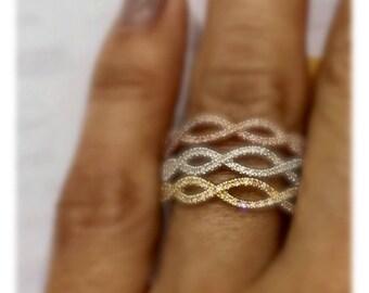 Tri color diamond ring