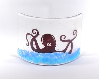 Fused Glass Octopus Curve, Glass Art, Gift, free standing glass, glass gift, kraken, steampunk
