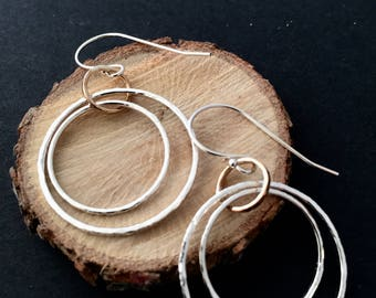 GyRoScOpE...MiXeD MeTaL KiNeTiC HooP DaNgLe EaRRiNGs