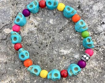 Skull Bracelet TURQUOISE BLUE Stretchy Howlite Beaded, Sugar Skull, Day of the Dead, Howlite Round Beads