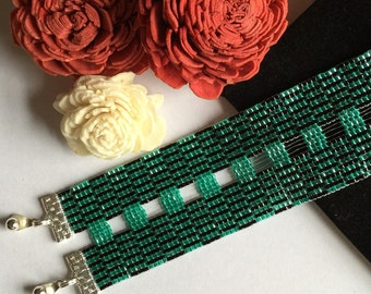 loom woven beaded bracelet jade and black