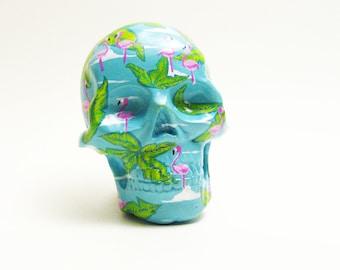 Broche / magnet skull tête de mort tropical  flamants roses