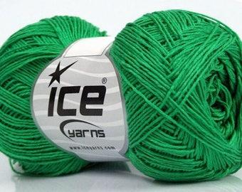 ICE PLAIN GREEN 50G FINGERING WOOL 3 / / 40