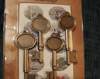 Tim Holtz Idea-ology Collage Keys, Customizable, Set of 4, NEW