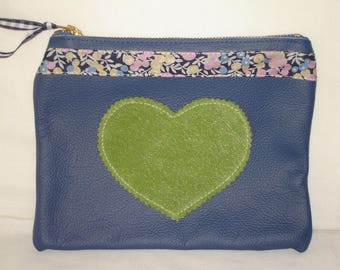 Flat clutch in blue cowhide leather