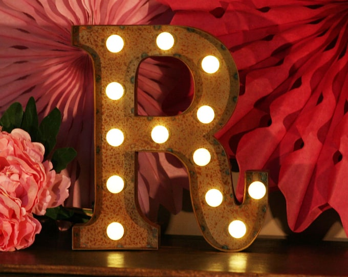 Vintage Carnival Style Light up Letter R - Battery Operated
