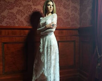 White lace dress for any occasion