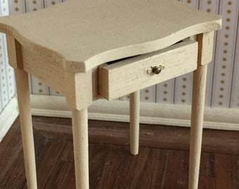 Distressed Accent Table in One Inch Scale for a Dollhouse