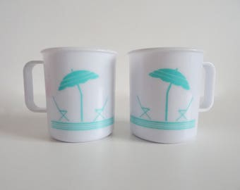 Vintage 1980s Palm Springs Style Plastic Mugs -Picnic-Camping-Campervan