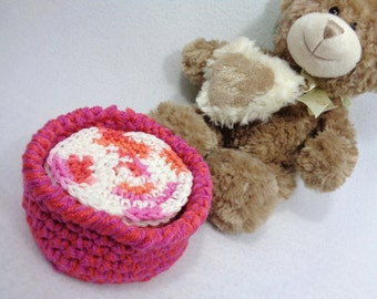 Cotton Facial Cloths Exfoliating Cloths Make Up Removers Facial Scrubbie with Basket Coral Pink and White Crochet 100 Percent Cotton