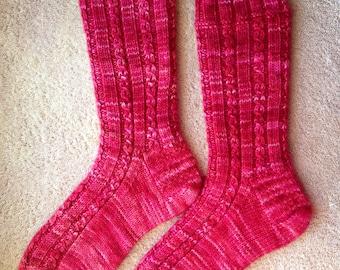 Hand Knit Womens Cashmere-Wool Blend Socks (S-255)