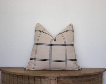 18X18 Modern Grid Pillow Cover