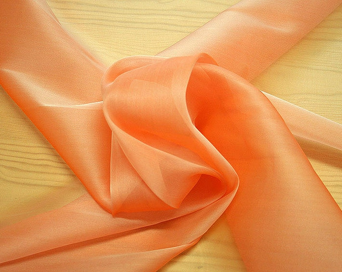 232043-organdy Cangiante Natural Silk 100%, 135 cm wide, made in Italy, dry cleaning, weight 55 gr, price 1 meter: 55.24 Euros