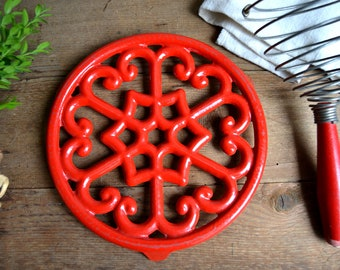 Vintage Cast Iron Deep Red Enamel Trivet French Enamelware Pan Heat Stand