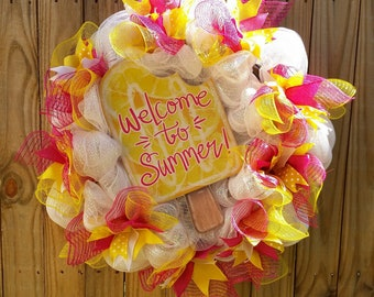 Welcome to Summer & Ice Cream Wreath
