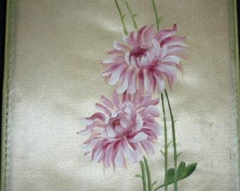 Vintage 20s hand painted silk fabric covered boudoir box Chrysanthemums chocolate box