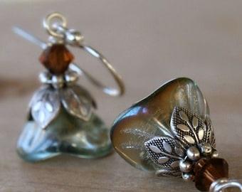 Silver flower dangle earrings, petite, aqua, summer fashion