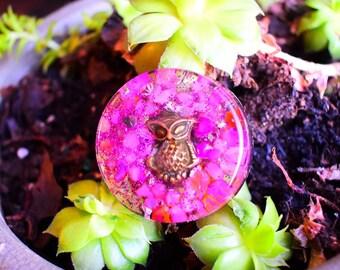"""Orgonite Small Magnet """"Rose Owl """"  Rose Quartz & Pyrite"""