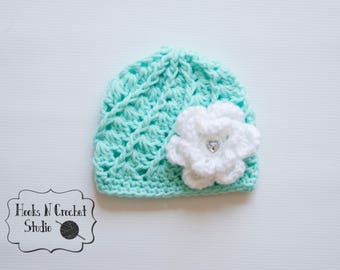 Newborn crochet hat, newborn girl hat, newborn mint hat, newborn girl beanie, preemie baby hat, preemie girl hat, preemie crochet hat