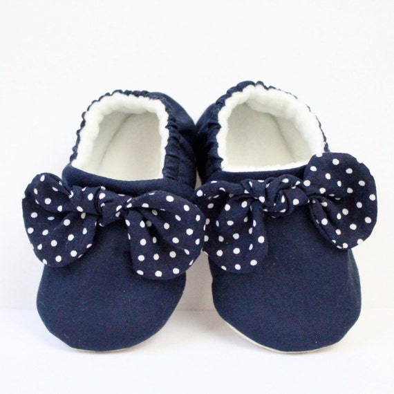 Navy Blue with polka dot knotted bow cotton soft sole baby shoe with a knotted bow.