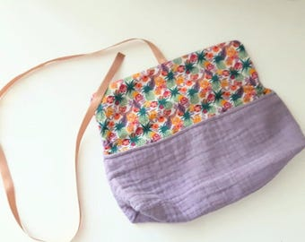 Pouch / clutch with link