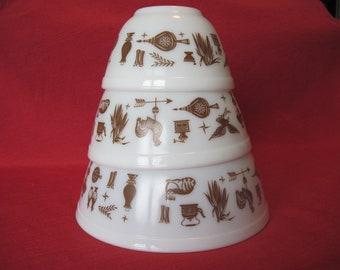 Pyrex Early American Bowl set