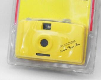 NOS Vintage 35mm film camera / White Yellow italian point shoot camera / Focus Free photo camera / 80s 90s