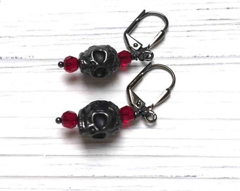Black Skull Earrings. Tierra Cast Skull. Gothic. Medium Drop Earrings. Dangle Earrings. Red. Black. Handmade Jewelry.