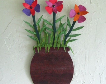Metal Wall Art Flower Pot Sculpture Recycled Metal Floral Wall Decor Indoor Outdoor 9 x 13