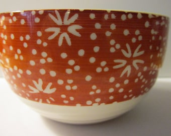 Japanese Red and White Ceramic Bowl with Hand Painted Floral Motif