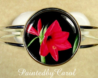 Amaryllis Bracelet, Amaryllis Cuff Bracelet, Amaryllis Jewelry, Amaryllis Gifts, Red Amaryllis Jewelry, Bridesmaids Gifts, Wedding Jewelry