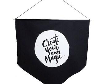 Erstellen Sie Ihre eigene Magie schwarz Banner Flagge schwarz-weiß Wand Flag Presse Hitze Vinyl Print inspirierendes Design motivierend Flagge skandinavischen