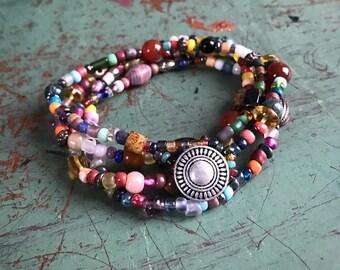 Colorful interchangeable bracelet